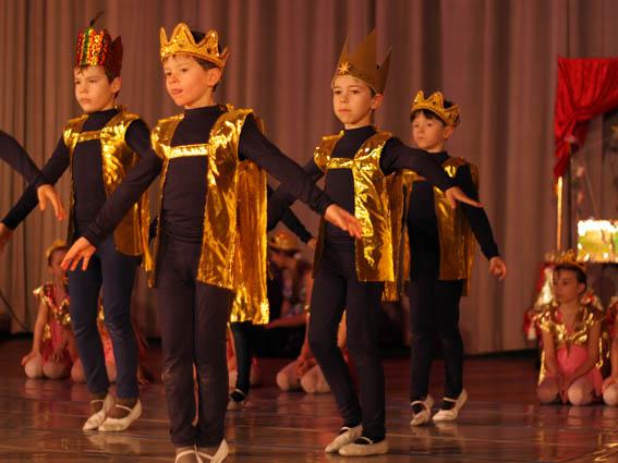 ATabatha Ballettschule Goldenes Königreich 2009 343 Kopie