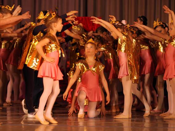 Tabatha Ballettschule Goldenes Königreich 2009 063 Kopie